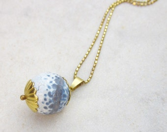 Agate sphere necklace, raw brass stone pendant, stone ball necklace, modern chain necklace, minimal pendant necklace, simple jewelry