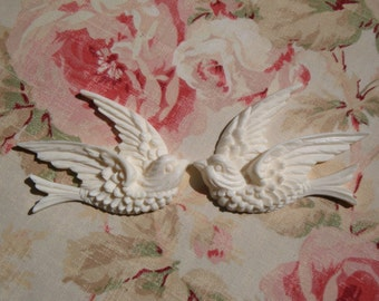 Shabby and Chic Swallow Bird Furniture Appliques 1 Pair Left/Right Furniture Architectural Onlay Trim