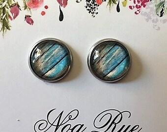 Skylight 10mm Stud Earrings