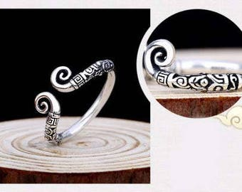 Silver Boho Tribal Ringd Size 8 Can be adjusted to fit Size 9 to 10