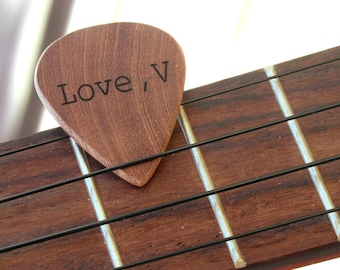 Custom wood guitar pick, personalized with a name, perfect gift for a guitarist or musician !