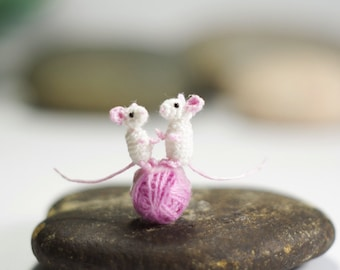Miniature white mice, Tiny Crochet Rat , Micro Mice, Amigurumi mouse
