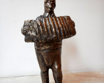 Home sculpture,Realistic sculpture,Bronze sculpture,Bronze statue of Man playing an accordion,Limited edition,Small sculptural plastic