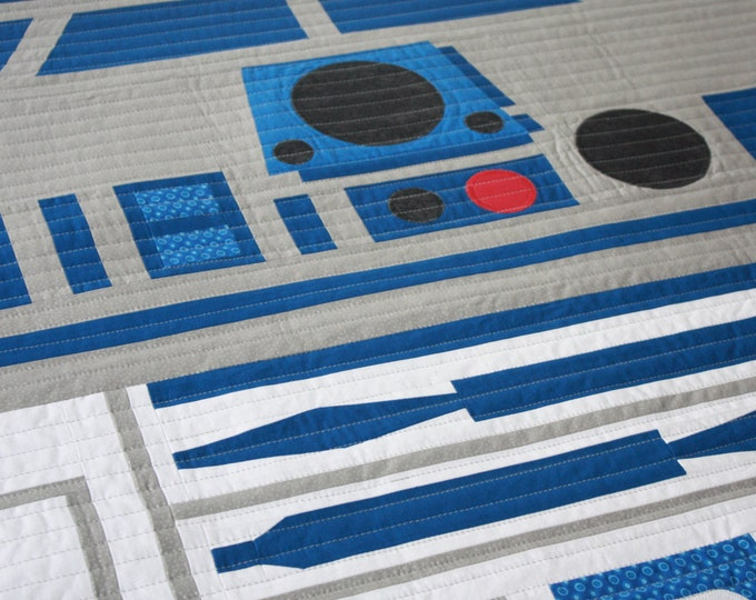 Star Wars baby quilt--R2D2 baby quilt