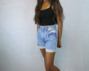 Vintage High Waisted, Super Worn, Faded Floral Accented Blue Jean Shorts, Festival Shorts Size 7 by RIO