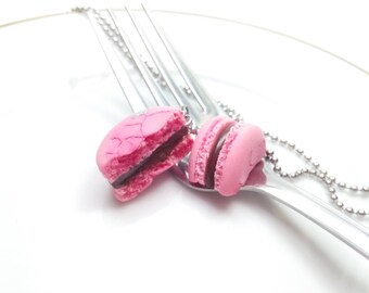 Bff Macaron Set Necklaces, French Macarons, Pink Macaron, Food Necklace, Food Jewelry, Macaron Jewelry, Bff Jewelry, Best Friend Necklace