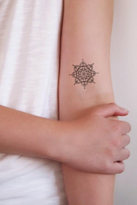 kleine mandala tijdelijke tatouages mandala tattoo kleine. Black Bedroom Furniture Sets. Home Design Ideas