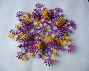 Doily hand crocheted multicolor cotton 'harvest '.