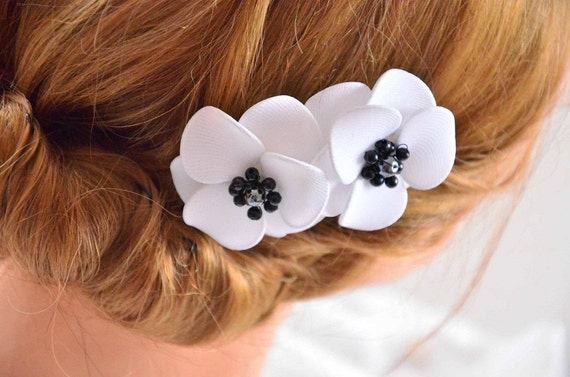 Anemone Haar Blumen weiß und schwarzes Haarclip Blume Stift