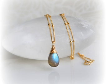 Dainty Labradorite Necklace Gold Satellite Chain, Gold Jewelry Gift, Delicate Necklace Gold or Silver Layering Necklace Labradorite Handmade