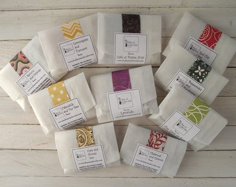 Soap sampler - Wedding favors - Mini soap - Handmade soap - All natural Cold Process Soaps - with Essential Oils - Choose 4 Samples