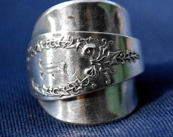 Laurel Wreath Spoon Ring - Sterling Silver