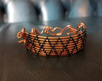Copper wire cuff bracelet with blue-plated wire diamond weave