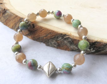 Moonstone Bracelet, Ruby Zoisite, Silver and Green, Gemstone Stretch Bracelet, Moonstone Gift for Her, Gemstone Jewelry, One of a Kind