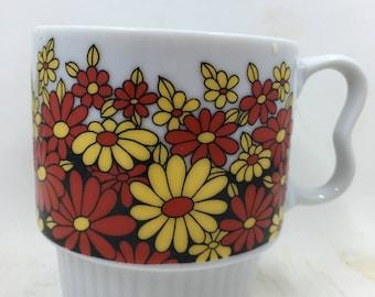 Vintage Japan Flower Mug Red Yellow Daisies