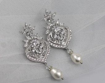 Crystal Bridal Earrings, Crystal Chandelier Earrings, Pearl Drop Earrings, Bridal Jewelry, Boucles d'oreille de Cristal, TAYLOR