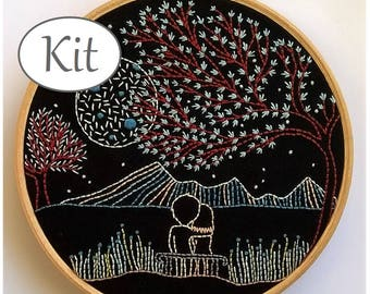 Modern Embroidery kit - hand Embroidery pattern - stitching kit -  hoop art - loving moonlight- beginner needlework - valentines day