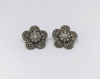 Vintage style earrings | Stud earrings | flower earrings |