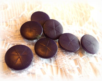 7 PURPLE Vintage SHANK Buttons from Muscatine, Iowa