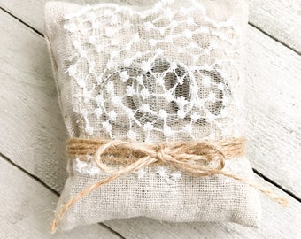 Wedding Ring Bearer Pillow // Decorative and Handmade // Vintage // Shabby Chic // Classy