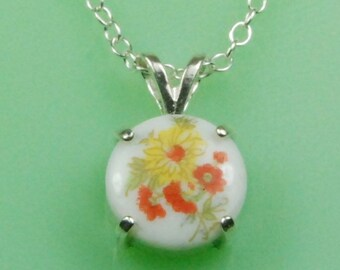 Vintage 1940's Japanese Red and Yellow Floral Button Necklace
