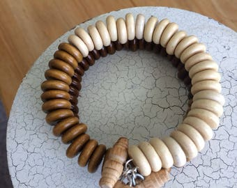 Wooden bead bracelet with with wood toggle buttons