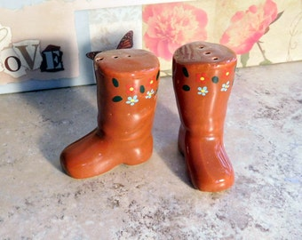 Vintage Salt and Pepper Shakers Brown Boot With Flowers
