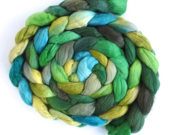 Outside the Window, Finn Wool Roving, Hand Painted Spinning or Felting Fiber
