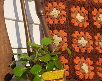 Vintage Crochet Blanket // Fall Colors // Throw Blanket // Vintage Afghan // Granny Squares // Brown and Coral // Bohemian Decor