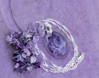 Real Lilac Necklace, Terrarium Necklace, Lilac Jewelry, Dainty Necklace, Flower and Resin Jewelry, lilacs, Gift for Her