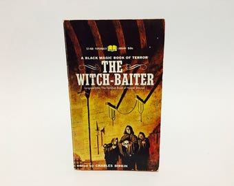 Vintage Occult Book The Witch-Baiter 1967 Paperback Anthology