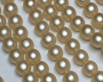 120 4mm Round Preciosa glass pearls, matte cream