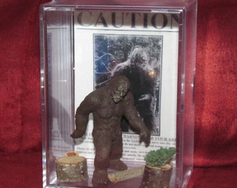 "Bigfoot/Sasquatch Collectible figure display/great ""unique"" gift or addition to a collection..Brand New"