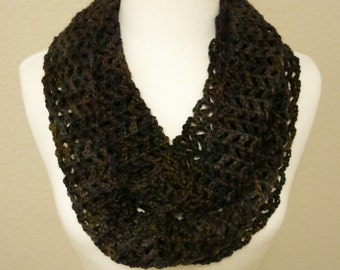 Lacy Infinity Scarf in Brown