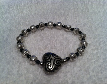 Black and silver heart swirl 2