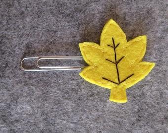 Leaf paper clip; Felt paper clip; Fall Planner accessories; Leaf planner clip; Bookmark; Felt bookmark;  Gift under 3; Stocking stuffers.