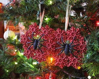 Spider & Web Red Wreath Ornaments