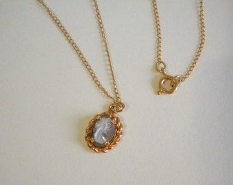 Vintage Cameo Necklace Miniature Gray and White Oval 1/20 12K Gold Filled