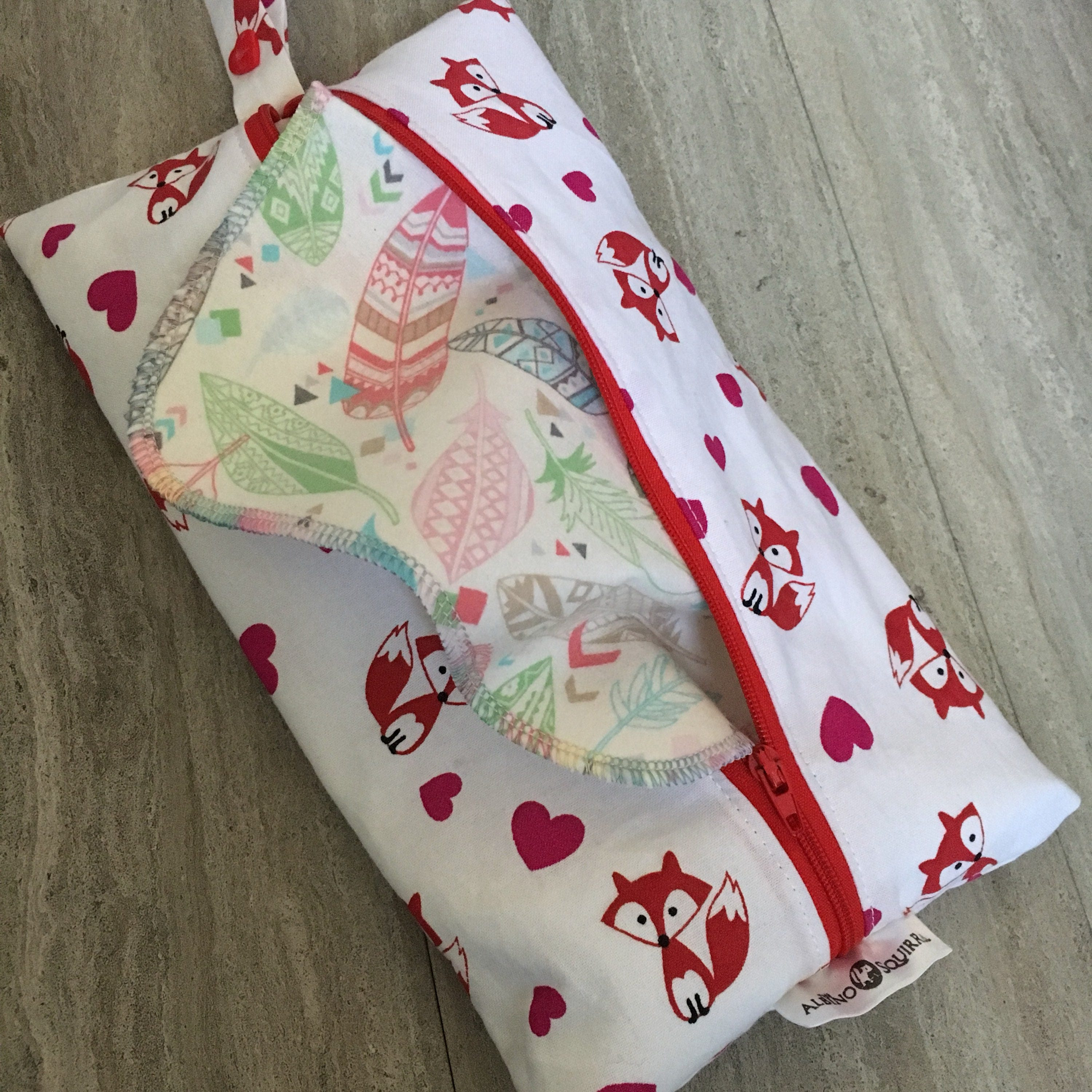 Cloth Wipes Pouch Foxes Hearts Valentine Travel Wipes Case