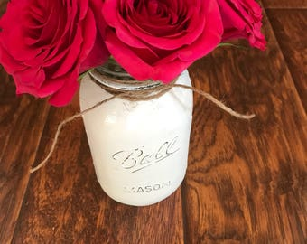 Lighted Distressed Mason Jar-Linen White