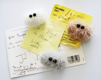 Knit your own Magnetic Microbes (pdf knitting pattern)