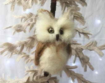 Needle Felted Christmas Owl - Forest animals - Decoration - Christmas Stockings filler -ready to ship