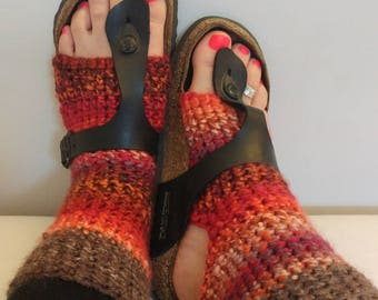 Soft & cozy Yoga/dance/flip flop socks - The Green Bus, beautiful Vancouver Island Canada.