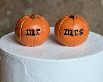 Wedding cake topper...orange mr mrs pumpkins for wedding cakes...fall and autumn decor