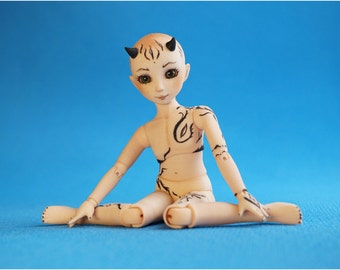 In stock. BJD doll boy from Elleo Dolls. Height 16 cm.
