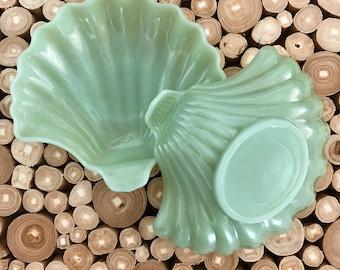 Vintage Jadeite Shell Dish
