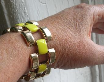 "Vintage Chunky Link Bracelet 7"" // MOD Yellow Enamel"