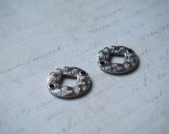 2 rings etched and domed silver 19mm