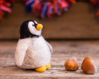Needle Felted Penguin, felt penguin, Needle felted animal,  Waldorf animals, , bird, wool penguin,  penguin gift, sea animals