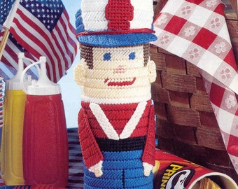 Toy Soldier Container -     plastic canvas pattern